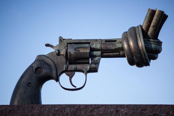 Håkan Dahlström-The Knotted Gun