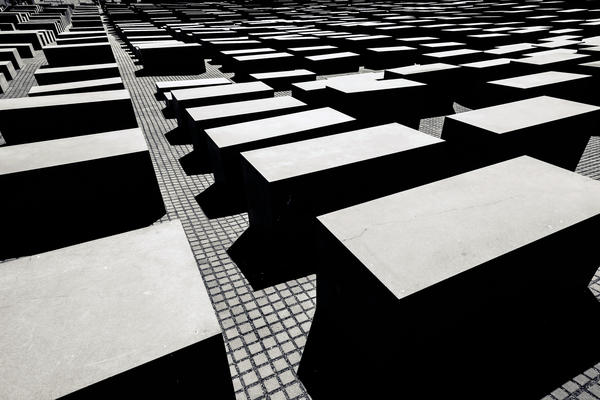 Holocaust Memorial Berlin - Daniel Foster/Flickr